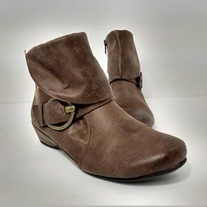 Baretraps Brown Suzette Ankle Boots 7.5M